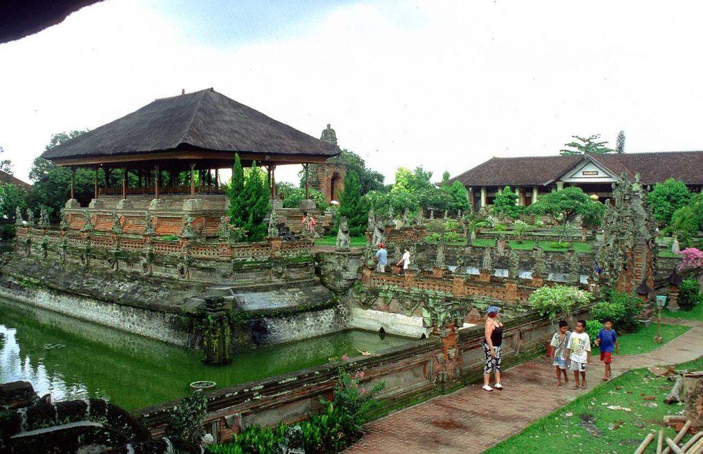 kertagosha palace