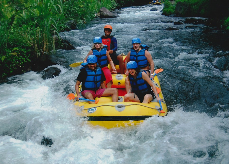 white-water-rafting-package