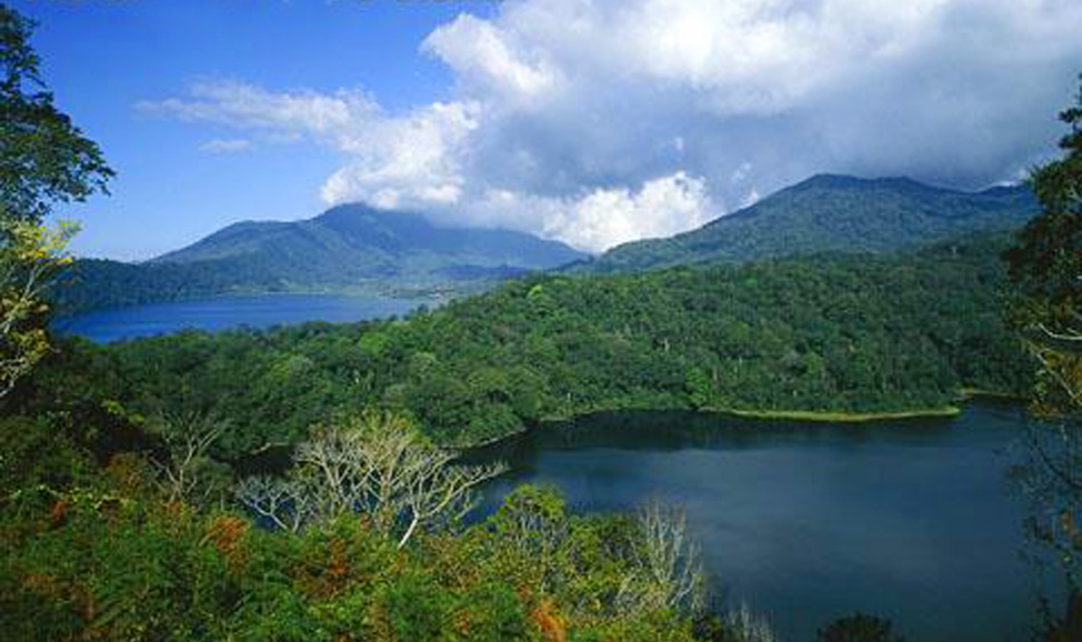 twin-lake by Top Bali Trip