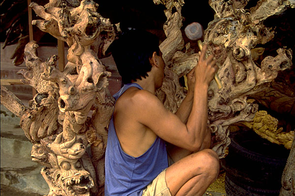 Bali-wood-carving
