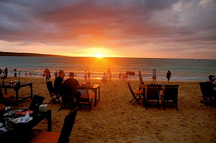 jimbaran bali sunset by Top Bali Trip